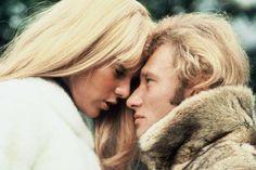 <p>C'est en 1962 que la star du rock français Johnny Hallyday rencontre la débutante Sylvie Vartan s... - SIPA