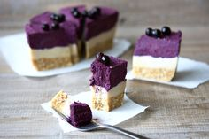 Holistic Lifestyler's Raw Blueberry 'No-Cheesecake' — Real Food Healthy Body