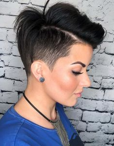 Charming Style of Short Pixie Haircuts for Girls In 2020 Edgy Pixie Haircuts, Girls Short Haircuts, Teen Hairstyles, Little Girls Pixie Haircuts, Pixie Haircut Styles, Casual Hairstyles, Latest Hairstyles, Braided Hairstyles, Super Short Hair