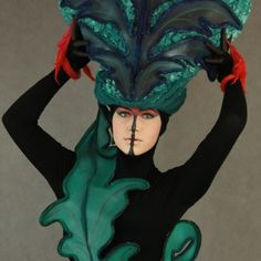 Make-up and costume - ornaments Fotograf:Joanna Minkiewicz Modelka:Daniela Charvie