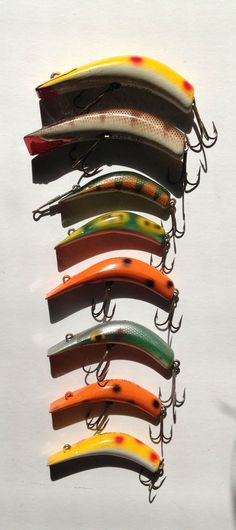 Vintage LAZY IKE Fishing Lures Lot of 8 - 2, 3 Wooden & Metal Nice Rare Lure