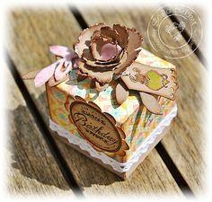 Whiff of Joy - Tutorials & Inspiration: Tiny box