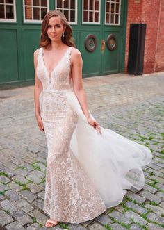 Enchanting by Mon Cheri - 120173 Mon Cheri Wedding Dresses, Wedding Dress Train, Bridal Dresses, Wedding Gowns, Wedding Attire, Lace Wedding, Glamour, Dressy Dresses, Scalloped Lace
