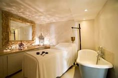 Google Image Result for http://www.malextra.com/image-library/land/500/r/royal-day-spa-treatment-room.jpg