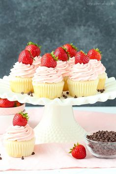 Neapolitan Cupcakes - moist vanilla cupcakes, chocolate mousse filling, strawberry frosting! SO good!