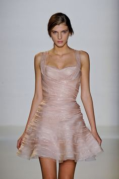 Valentin Yudashkin at Paris Fashion Week Spring 2012 - Runway Photos Valentin Yudashkin, Vestidos Fashion, Fashion Dresses, Look Fashion, Runway Fashion, Paris Fashion, Fashion Models, Pink Dress, Dress Up