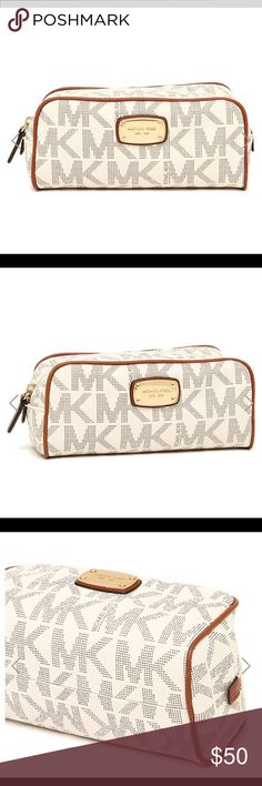 921f3d13b5dfc Michael Kors Travel Pouch Vanilla Acrn (WITH TAGS) Take your style to go