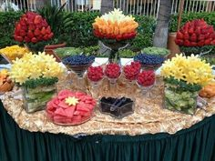 Fruit bar over alcohol bar . Why can't we have both pretty fruit bar edible arrangements Fruit Centerpieces, Fruit Decorations, Edible Arrangements, Fruit Buffet, Fruit Trays, Fruit Tables, Fruit Dips, Buffet Tables, Dessert Tables