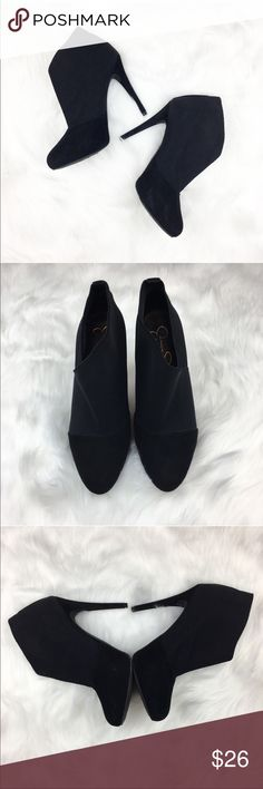 Jessica Simpson Black Neesha Booties Jessica Simpson black neesha booties. Size 9 1/2' with 5' heel (per my tape measure). GUC with a few small scuffs on suede. Show is part suede and part elastic panel. ❌No trades ❌ Modeling ❌No PayPal or off Posh transactions ❤️ I 💕Bundles ❤️Reasonable Offers PLEASE ❤️ Jessica Simpson Shoes Heels