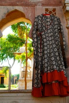 CROW Timeless clothing, Fair-Trade, Ethically Made In India A Line Kurti, Ethnic Gown, Frock Design, Handmade Dresses, Dream Dress, Anarkali, Casual Tops, Frocks, Organic Cotton