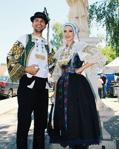 Area of capital Bratislava, Bratislava region, Western Slovakia. Bratislava, Folk Clothing, Ethnic Dress, Folk Costume, Traditional Dresses, Fashion Art, Folk Art, Korea, How To Wear