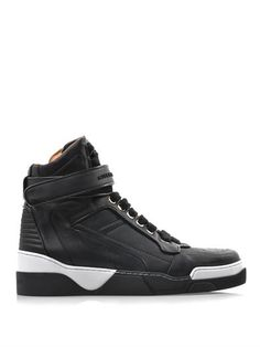 Leather High Tops, Black Leather, Givenchy Sneakers, Cool Style, My Style, Mens Trainers, Shoe Game, Dapper, Personal Style