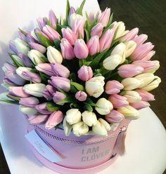 Tulips Flowers, Planting Flowers, Beautiful Flowers, Floral Centerpieces, Floral Arrangements, Bouquet Box, Garden Basket, Arte Floral, Bridal Flowers