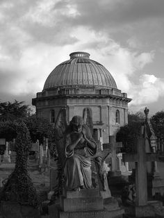 Brompton Cemetery - where Cade and I would get our tan on..