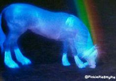 The Magic Unicorn radiates rainbows..... Sims3 is a beautiful place... @PinkiePie8MyPie
