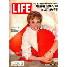 """The Sound of Music"" Julie Andrews on the cover of Life Magazine 1965 Century Fox Life Magazine, History Magazine, Magazine Art, News Magazines, Vintage Magazines, Life Cover, Julie Andrews, Sound Of Music, Celebs"