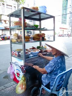 Vietnam - travel - Ho Chi Minh city - street food