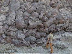 Amazing Geologist ⚒ Absolutely gorgeous Pillow Basalt |#Geology Locality: Wadi Tayin, Oman *Photo : © jessicamwarren visit : http://www.geologyin.com/