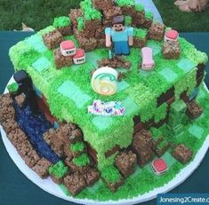 My friend Brenda Calloway makes the most amazing cakes ever! And when I recently saw the Minecraft Birthday cake she made I had to share. It is seriously the best Minecraft cake I have EVER seen! My son freaked out … Continue reading → Bolo Minecraft, Minecraft Birthday Cake, Easy Minecraft Cake, Minecraft Party, Minecraft Crafts, Minecraft Skins, Mindcraft Cakes, Cute Kids Snacks, Lego Cake