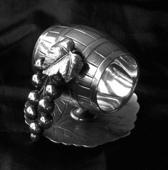 Fine Victorian Silverplate Figural Wine Barrel Grapes Leaf Napkin Holder HEAVY