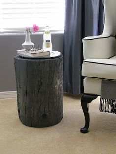 DIY / Projects tree stump end table