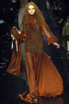 Jean Paul Gaultier Fall 2006 Ready-to-Wear Fashion Show - Lily Cole