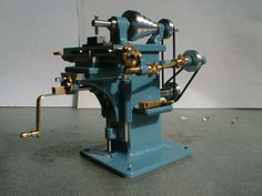 Miniature milling machine - lots of great ideas for me!