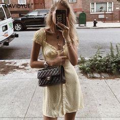 fashion 5 outfit, fashion bracelets fashion hijab casual modern, fashion timeline century, fashion cooler, fashion trends 2018 women over Marie Von Behrens, Looks Style, My Style, Retro Mode, Short Summer Dresses, Fashion Outfits, Womens Fashion, Fashion Trends, Modern Fashion