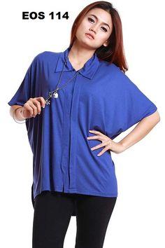 """Berminat Inbox  Telp : 0812-8509-7353.  """" COME BLUS ZIMBA"""" EOS 114 Rp.69.000 / 7 US$""""    Blus kerah bahan elastis model kelelawar dengan 7 kancing.Bagian depan lebih pendek dari bagian belakang.  Tampil Cantik & Menawan Dengan Blus dari Ads Fashion.  Kode : EOS 114   Merk : Come  Bahan / Fabric : Rayon,Spandex  Harga : Rp.69.000   Warna : Biru.  Ukuran : Freesize  Lingkaran dada 150 Cm ,Panjang baju depan 65 Cm,  Panjang baju belakang 69 Cm  Untuk pemesanan silahkan hubungi kami  Email…"""