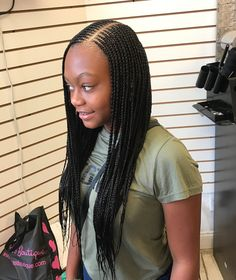 #sidepart #sidepartbraids #donebyzayni #hairbyqueenbee #phillybraiders #phillybraids #appointmentsonly