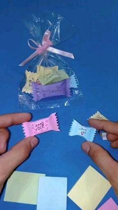 Cool Paper Crafts, Paper Crafts Origami, Diy Paper, Fun Crafts, Diy Crafts Hacks, Diy Crafts For Gifts, Diy Crafts Videos, Diy For Kids, Crafts For Kids