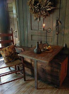 Primitive Table Primitive Table And Chairs Nostalgia Primitive Furniture For Sale In Pa Primitive Tables, Primitive Living Room, Primitive Homes, Primitive Kitchen, Primitive Furniture, Primitive Antiques, Country Primitive, Primitive Decor, Antique Furniture
