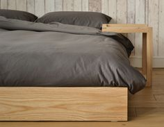 Dark Wood Bed Frame Bedspreads