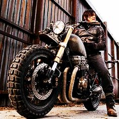 "The Walking Dead 5x14 ""Spend"" Daryl Dixon new bike!"