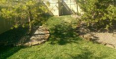 Rock border landscape edging ideas. Visit our latest article at Dream Yard.