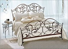 The classy home lets you have your choice in these astonishing selection of metal beds. Choose the right metal bed for your bedroom with us at the classy home. Cheap Bedroom Furniture, Iron Furniture, Bedroom Decor, Balcony Furniture, Wicker Furniture, Furniture Design, Wrought Iron Beds, Wrought Iron Decor, Iron Headboard