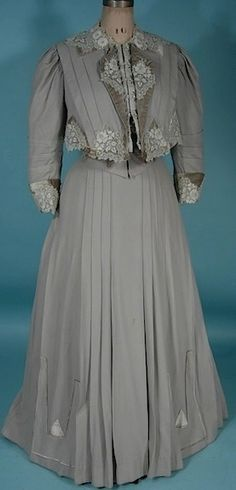 c. 1906 Gibson Era 2-piece Gray (Cashmere?) Wool Gown with Velvet Trim and Lace Detail