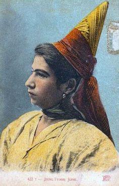 Africa | Young Jewish woman. Tunisia || Vintage postcard; ca. 1928