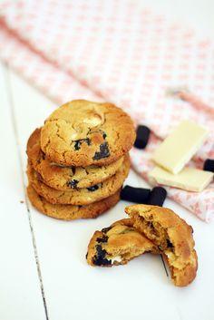 En ole pitkään aikaan tehnyt cookieita, vaikka ne yksiä lempileivonnaisiani juustokakkujen ohella ovatkin.