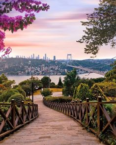 Istanbul City, Istanbul Travel, City Photography, Nature Photography, Turkey Places, City Aesthetic, Turkish Beauty, Turkey Travel, Beautiful Places To Travel