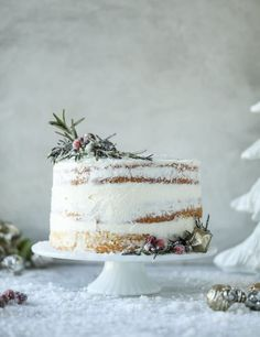 Christmas Cake Recipe - White Christmas Sparkle Cake