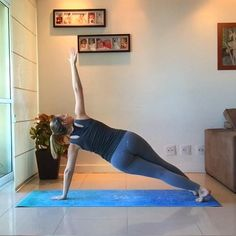 Fitness Goals, Yoga Fitness, Health Fitness, Personal Trainer, Mat Pilates, Plank Challenge, Leg Day, Flexibility Workout, Workout Videos