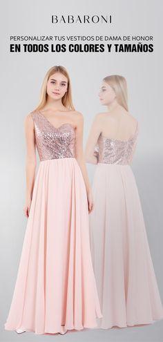 7219a02179 Los detalles alrededor de este vestido crean un impresionante escote de un  hombro y una lentejuela
