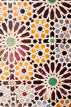 Reviving Arabesque tiles from Islamic architecture Geometric Patterns, Islamic Patterns, Textile Patterns, Print Patterns, Textiles, Zentangle Patterns, Arabic Pattern, Pattern Art, Pattern Design