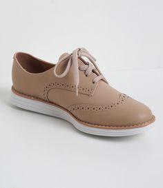Sapato feminino Material: sintético Oxford Marca: Vizzano COLEÇÃO VERÃO 2017 Veja outras opções de sapatos femininos.