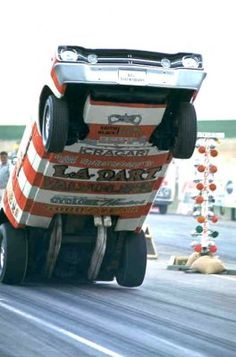 """The wheelstanders or wheelie cars were always a highlight at the track.The """"General Jerry Lee"""" in his 'T' truck is one of my favorite's. Triumph Motorcycles, Custom Motorcycles, Mopar, Funny Car Drag Racing, Funny Cars, Auto Racing, Ducati, Gta, Motocross"""