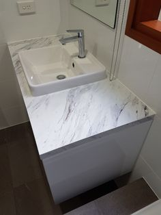 New Color Marmo Bianco Textured Gloss Finish Afton
