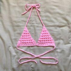 Bralette Pattern, Crochet Bikini Pattern, Crochet Bikini Top, Crochet Game, Cute Crochet, Knit Crochet, Diy Crochet Projects, Yarn Projects, Crochet Designs