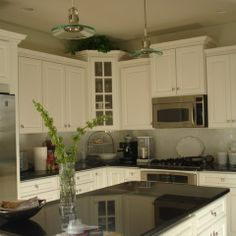 Varied Height Cabinets Design Ideas, Pictures, Remodel and Decor