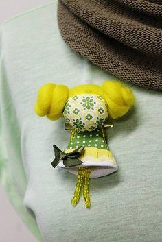 maramanufaktura / brošňa mini MARA citrónová  /žlto-zelená /